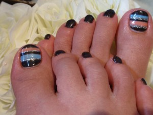 blackbluetoes